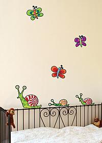 Настенный стикер Урбаника Бабочки и улитки