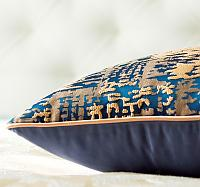 Декоративная подушка Asabella D7-5, золото на тёмно-синем
