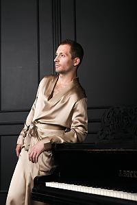 Шелковый халат Luxe Dream Бежевый